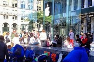 Apple-fans-camp-iPhone 6-launch