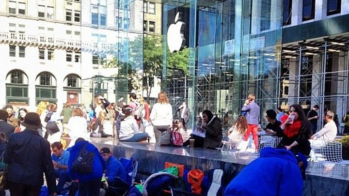 Apple Store clean up: iPods to be shelved in Accessories section