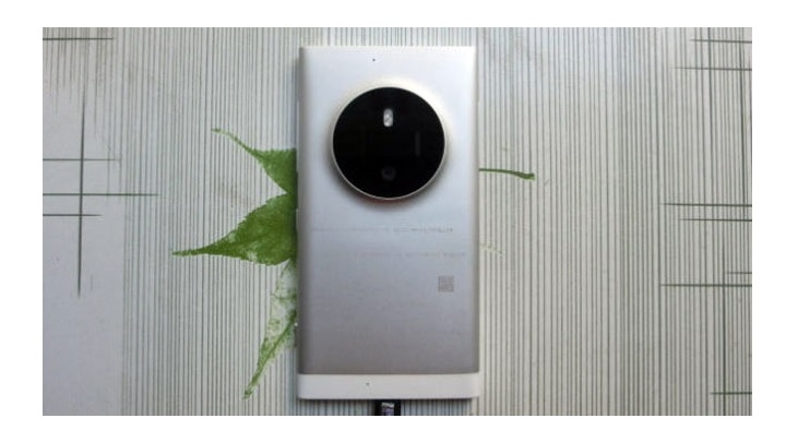 It Appears in The Alleged Successor of Lumia 1020 Images