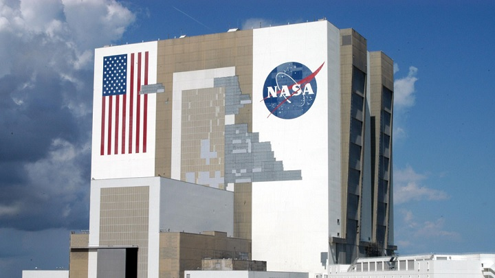 NASA funds project that intends to turn astronaut poo into food, fertilizer