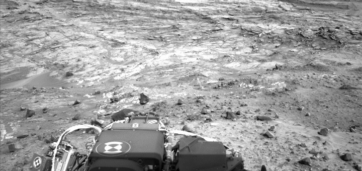 After a brilliant selfie, Curiosity rover moves on