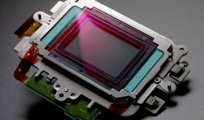 Canon's new 250MP sensor has insane resolution and can click planes from 18 kms away