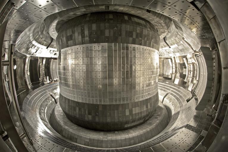 Inside China EAST Reactor