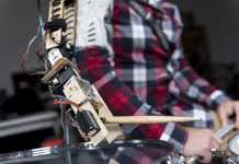 Robotic Arm Drummer